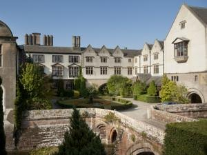 Haunted Hotels Warwickshire,Coombe Abbey Hotel